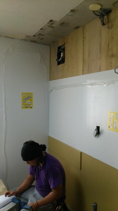 豊ヶ丘N様邸キッチン施工中①20150806